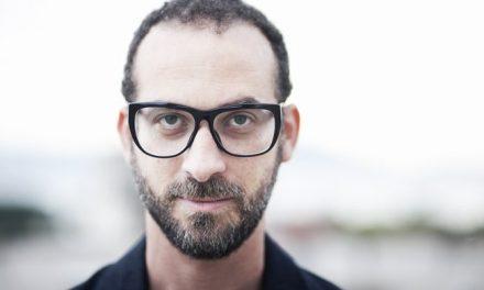 02-06 Singer Lucas Santtana in Brasília
