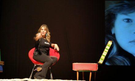 """04-15 Stage Play """"Meu Passado não me condena"""""""