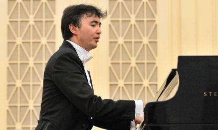 04-13  Kazakhstani pianist Temirzhan Yerzhanov