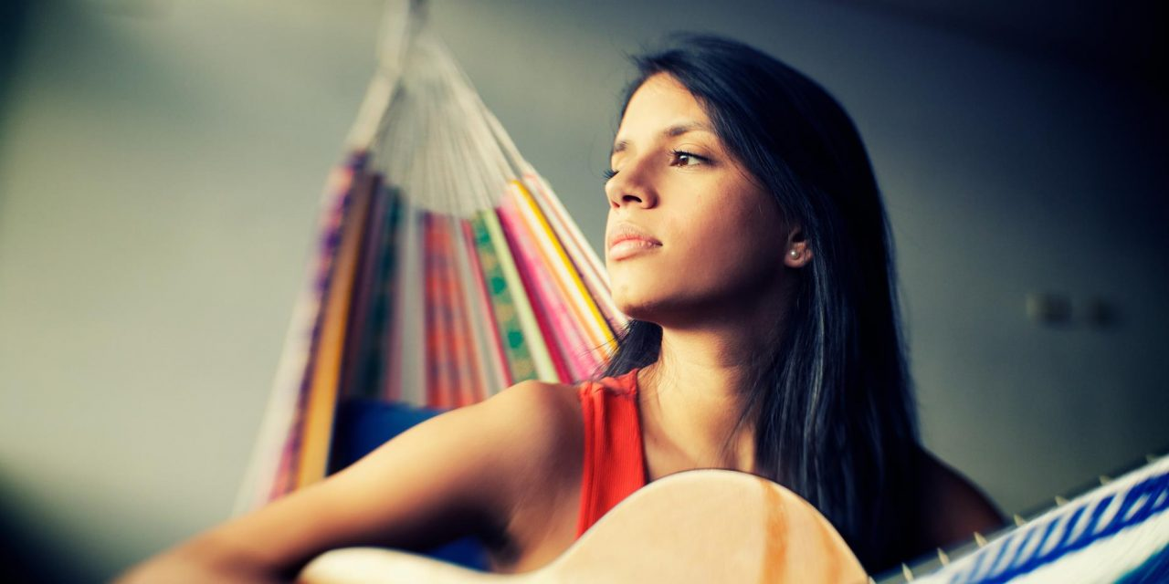 06-13 Colombian singer Maria Cristina Plata