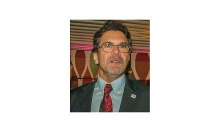 Luiz Augusto Nascimento (bilingual surgeon)