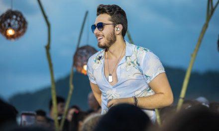 Sertanejo singer Gustavo Mioto in Brasilia