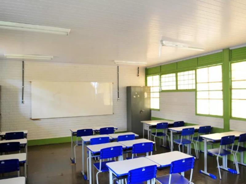 Brasilia's schools prepare to return to their normal activities.