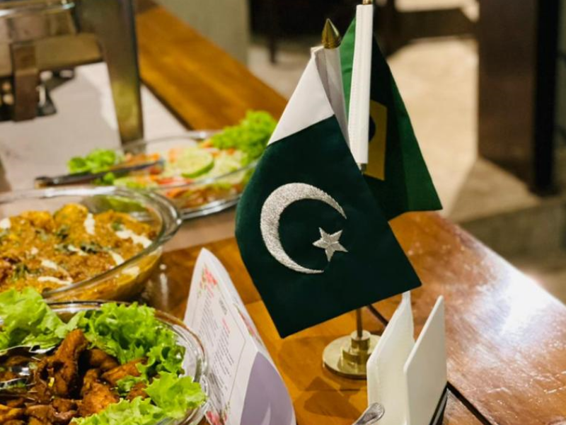 Pakistani Defense Attaché promotes Iftar Meal